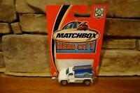 NIB 2002 Matchbox Hero City #48 Fire Tanker White Water Tanker #97757-1718