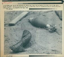 1991 Dessert Storm Lady's Shoe and Live Mortar Near Kuwait Original Laserphoto