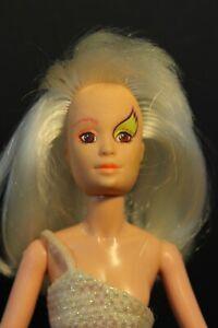 "Vintage - Hasbro Jem and the Holograms Misfits Roxy Fashion Doll - 11.5"" - 1985"