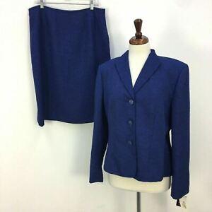 NWT Le Suit Dark Blue Raised Floral Blazer and Skirt Set Womens Sz 14