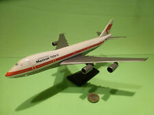 AIRPLANE BOEING 747 - MARTINAIR HOLLAND PH-MAJ - WHITE RED - EXCELLENT ON STAND