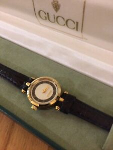 Look , Lovely Womans Gucci 2000L Watch,Gold Plated & Leather Strap,Gucci Box