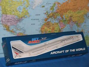 1/200 SKYMARKS AIR FRANCE AIRBUS A350-900 AIRCRAFT MODEL
