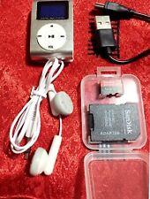 MP3 LETTORE MUSICALE POD NANO MINI, CLIP USB CUFFIE MEMORIA  32GB (omaggio)