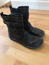 Ariane Ladies Brown Leather Short Boots Size 6