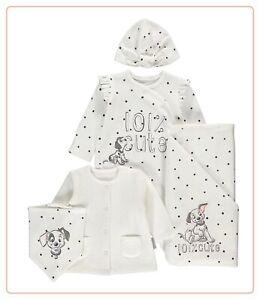 Disney 101 Dalmatians 5 Piece Starter Gift Set Sleepsuit Jacket Blanket Hat BNWT