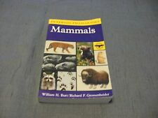 A Field Guide to The Mammals of North America (Peterson Field Guide) 3rd Edition