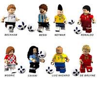 LEGO MATTONCINI CALCIATORI 8 MODELLI TRA CUI MESSI RONALDO CAVANI NEYMAR MODRIC