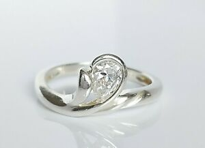 Beautiful Sterling Silver & Simulated Diamond Fancy Solitaire Ring UK Size Q/R