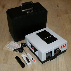 Diaprojektor Zeiss Ikon Unimat 250 S mit Vario Talon 3,5/70-120 Germany + Koffer