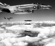 """McDonnell Douglas F-4B Phantom II Fighters Bomb Run 8""""x 10 Vietnam War Photo 203"""