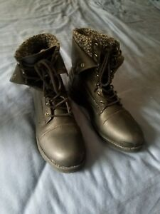 lace up boots black size 7.5