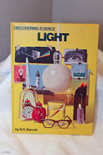 DISCOVERING SCIENCE LIGHT, D.H. BARRATT 1972 HARDCOVER ILLUSTRATED GREAT BRITAIN
