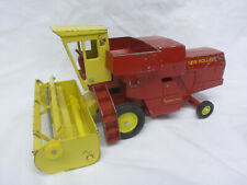 1/32 Ertl New Holland Combine