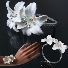 Ornamento Braccialetto Accessorio per Capelli Fiore Bianco Ragazza Sposa 46c9bd7995f0
