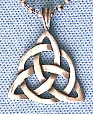 CELTIC TRIQUETRA  PEWTER PENDANT MENS BOYS WOMENS GIRLS NECKLACE CHAIN   PC0378
