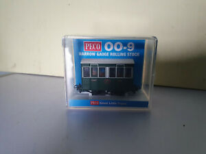 Peco GR-505 009 Tallylyn Railway (GVT) 4 Wheel Coach with Buffers