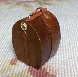 Dollhouse Miniature Leather Bag Luggage Suitcase Valise Grip Hat Box Lg 540