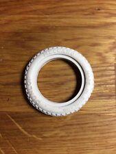 Pneu blanc pour voiture Meccano Constructor Car Tire N2