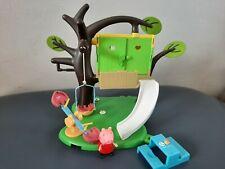PEPPA PIG árbol casa de juego con figuras PEPPA