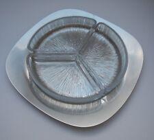 3 Glasschalen auf Edelstahlteller