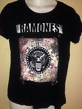 The Ramones Official Floral Circle Seal T Shirt Punk Rock Vtg Out Of Print