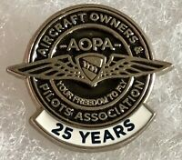 Vtg AOPA Tie Tack Pin Aircraft Owners Pilot Association Pin 25 Years  A233