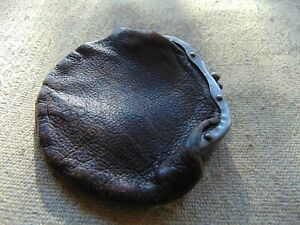 VINTAGE - Wonderful Leather Small Coin Purse (Brown Leather)
