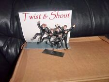 """THE BEATLES """"LEAD"""" HAND PAINTED FIGURES TWIST AND SHOUT BEATLES + BACKING CARD"""