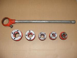 """Ridgid 111-R Ratcheting Pipe Threader w/ Die Heads - 3/8""""- 1-1/4"""""""