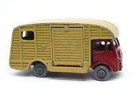 Matchbox Lesney No.35a ERF Marshall Horsebox Mk.7 (GREY PLASTIC WHEELS)