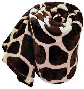 New Giraffe Animal Print Flannel Throw Plush Cozy Super Soft Fleece Blanket