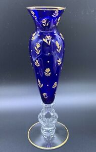 ANTIQUE CAMBRIDGE GLASS CLEAR KEYHOLE COBALT BLUE GOLD FLOWERS VASE RARE