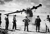 WWII photo American soldiers and Japanese flying boat Kawanishi H8K2 on the  669