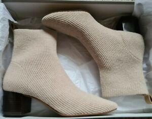 Everlane Glove Boot in Oatmeal UK 5 (Wool)