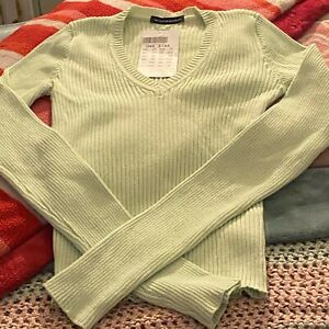 BRANDY MELVILLE PASTEL GREEN MILENA SWEATER NEW WITH TAG