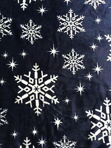 BNWT Navy Blue & White Snowflake Christmas Xmas Supersoft Throw Blanket