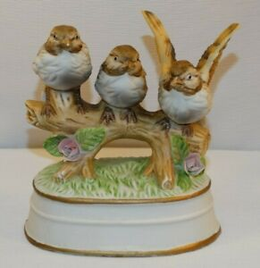 ROYAL CROWN MUSIC BOX BISQUE 3 BROWN SPARROWS PINK FLOWERS PLAYS APRIL LOVE