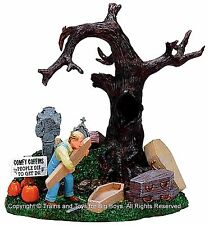 Lemax 73605 COFFIN MAKER Spooky Town Table Accent Halloween Decor O G Retired I