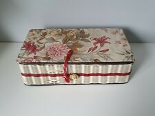 LARGE SEWING BASKET AND CONTENTS COTTONS, BUTTONS, PINS, ETC