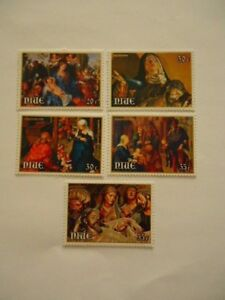 Niue 1978-9 SG259-261,SG274-5 20c-35 MNH Christmas & Easter Paintings