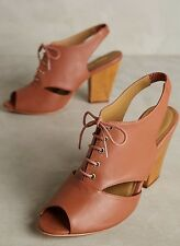 $277 Nina Payne Farrell Slingback Heels Size 38 Brown Leather Cut Out