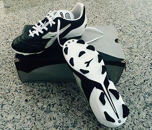 NEW Diadora Carioca RTX 12 Women's Soccer Black/White/Silver Size US 5.5