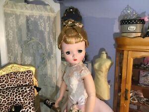 Spectacular Vintage Alexander ❤️❤️❤️ Cissy Pink Dress Ready for Valentines Day!