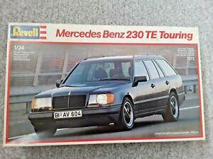 REVELL  MERCEDES  BENZ 230 TE  TOURING ESTATE  W124  S124   1/24 MODEL KIT