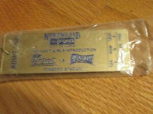 "1996 Ford Promo NEW ENGLAND PATRIOTS vs CAROLINA PANTHERS 4 1/2"" Gold Key Chain"
