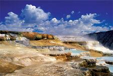 Trefl 27037. Puzzle 2000 piezas. Manantiales Yellowstone