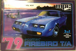 MPC 79 Pontiac Firebird T/A Model Kit 1/25 New Sealed
