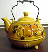 VINTAGE LIGHT BROWN CERAMIC TEAPOT, FRUIT ,WIRED HANDLE MADE IN JAPAN