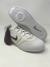 Nike Girl's YA Sideline II Insert, White/White-Matte Silver, 2.5 M US Little Kid